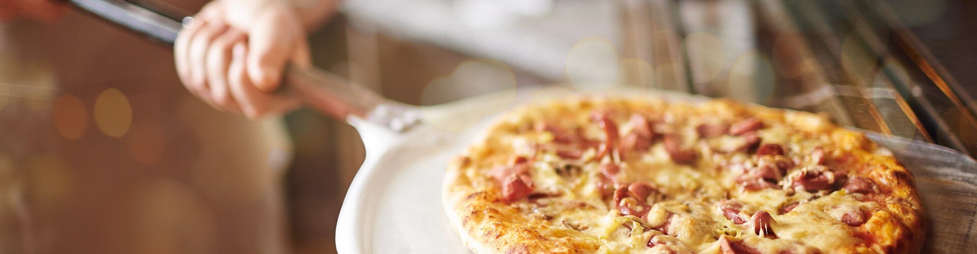 La Pizzeria 1 Pizzeria Al Colle